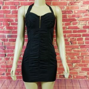 2b bebe NWOT Rouched bodycon halter dress M